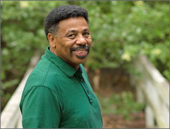 Author Tony Evans